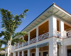 Enchanting Exterior Design in a Classic House : Fabulous Exterior Traditional Architecture Design British West Indies Residence