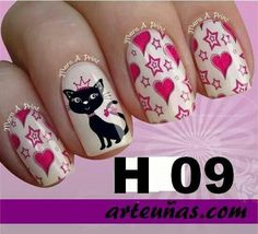 Lovely. Cat Nail Art, Animal Nail Art, Cat Nails, Paw Print Nails, Sassy Nails, Gel Nail Art Designs, Glittery Nails, Nailart, Stamping Nail Art