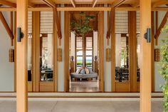 Explore Amanyara - Explore our Luxury Hotels - Aman Amanyara位於上普羅維登西西岸的海角。受保護綠地的廣袤的原野的支持下,酒店俯瞰西北點海洋國家公園的原始珊瑚礁