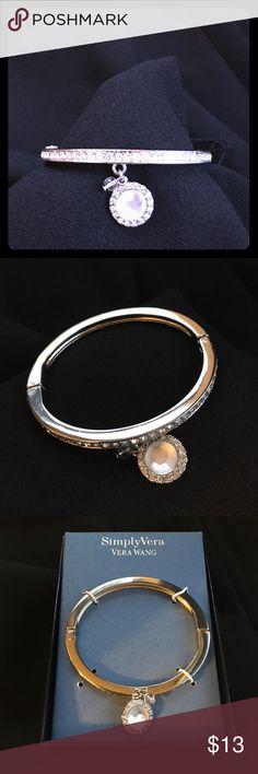 Simply Vera Vera Wang Cluster Stud Earrings Jewelry Box