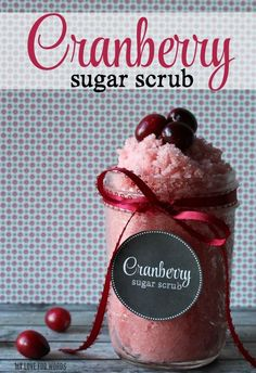 This cranberry sugar scrub smells great, and is super simply to make. It requires only three or four ingredients, and is the perfect stocking stuffer.