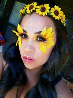#festivalmakeup #coachellamakeup  #sunflowers #yellow #coachella #makeup @KatherineM760