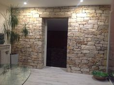stones and decor – Wall facing stone / Wall cladding – House Ideas – murnoir Fireplace Remodel, Deco, Pool House, Stone Wall Cladding, French House, Stone Wall, Stone Exterior Houses, Interior Wall Design, Home Decor