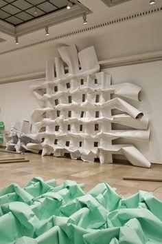 """""""Sculptural Acts"""" at Haus der Kunst"""