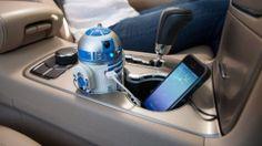 R2-D2 carga tu móvil mientras conduces