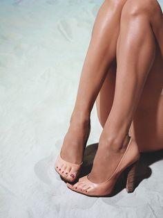 Celine Toes #shoes #trompe l'oeil #fashion #feet #optical #illusion #sand #beach