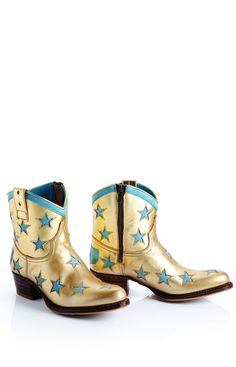 World Familiy Ibiza Star boots. I love the boho-chic attitude of these Boots;-)