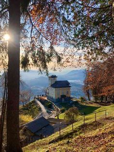 Best Things to do in Lugano – A Trip to Monte Brè. An excursion from Lugano to the summit of Monte Brè via funicular Lugano, Rooftop Bar Bangkok, Places To Travel, Places To Visit, Stuff To Do, Things To Do, Tourism Website, Going On Holiday, Lake View