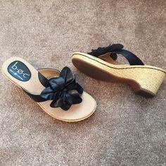 Born Black woman's sandals size 7 Great condition Born Black Shoes Sandals