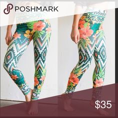 Tropical Leggings One size fits most❣nylon and spandex. Smooth boutique Pants Leggings