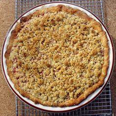 STRAWBERRY RHUBARB OATMEAL CRUMBLE:  1 lb diced rhubarb 1 1/4 C sugar,  pinch salt,  1 lb whole fresh or frozen strawberries,  1 tsp vanilla,  2 1/2 tbsp corn starch,  1 1/2 ounces water,  BUTTER PASTRY: 1 C butter,  2 ½ C flour,  2 T brown sugar,  ½ tsp salt,  1/3 to 1/2 C ice water,  1 tsp vanilla,  OATMEAL CRUMBLE: 1/2 tsp baking powder 2/3 C oats,  2/3 C flour,  1/3 C brown sugar,  1 ½ C butter