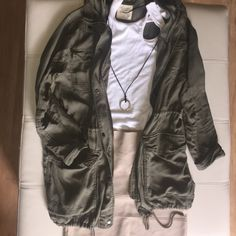 Abercrombie & Fitch army green, oversized jacket. Army green, cargo style with hoodie. Size S but fits for an oversized look! Worn 2 times and is in perfect condition! Khaki BCBG power skirt also for sale at @shaylathomas1 Abercrombie & Fitch Jackets & Coats