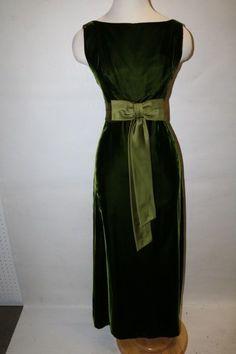 1960's Emerald Green Crushed Velvet with Celery Green Ribbon Full Len... Lot 340