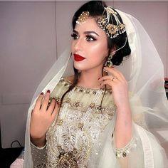 Modern Indian wedding clothes