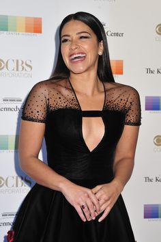 Gina Rodriguez Photos - Actress Gina Rodriguez arrives at the Annual Kennedy Center Honors Gala at the Kennedy Center for the Performing Arts on December 2015 in Washington, DC. Gina Rodriguez, Georges Chakra, Toms, Mint Dress, Jane The Virgin, Vanity Fair Oscar Party, Celebrity Red Carpet, Badass Women, Couture