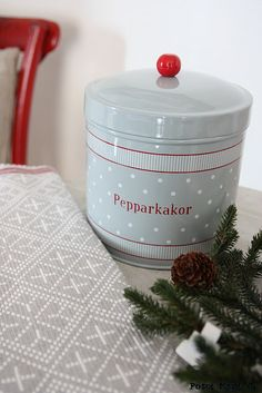 My Mom would make this at Christmas time.the whole house smelt so good! Swedish Christmas, Cottage Christmas, Scandinavian Christmas, White Christmas, Christmas Time, Swedish Girls, Swedish Style, Swedish House Mafia, Alesso