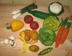 Kaufmannsladen & Küche - +Bio Gemüse/Obst gefilzt Stückpreise  ab 2,50€+ - ein Designerstück von kunstvonsabine bei DaWanda
