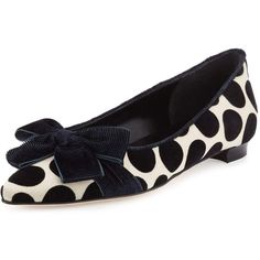 Manolo Blahnik Gorina Polka-Dot Velvet Flat (46.395 RUB) ❤ liked on Polyvore featuring shoes, flats, teal, flat pump shoes, flat slip on shoes, manolo blahnik shoes, teal flats and polka dot shoes