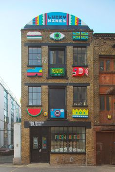 GRAPHIC AMBIENT » Blog Archive » Lucky Nine Facade, UK