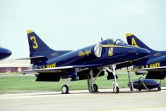https://flic.kr/p/3vhVwS | Blue Angels | Blue Angels from their days in the Douglas A-4F Skyhawk, NAS Dallas