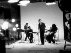 Suede - Beautiful Ones - YouTube