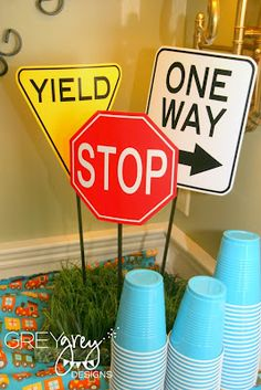 GreyGrey Designs: {My Parties} boards airplanes, trains and cars birthday party – used foam to glue the signs in, then covered in grass Source by 2 Birthday, Race Car Birthday, Race Car Party, Disney Cars Birthday, Birthday Ideas, Hot Wheels Party, Hot Wheels Birthday, Car Themed Parties, Cars Birthday Parties