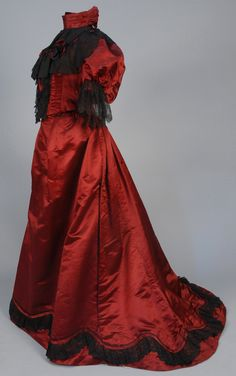 fripperiesandfobs:  Evening dress ca. 1890 From Whitaker Auctions