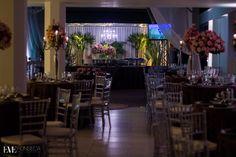 Tania e Dirceu Emanuel #Cadeiras #Tifanny #CadeirasTifanny #Casamento #Bride #Noiva #Wedding #WeddingDay #CasamentoArLivre #MesadeDoces