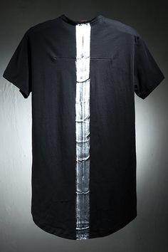 Loose Neck Paint Line T-Shirt