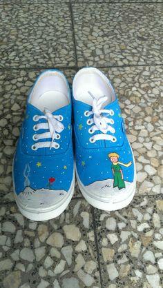 Diseño de El Principito, le petit prince, handpainted, handmade, zapatillas personalizadas, customized sneakers, sneakers, the little prince, painted sneakers