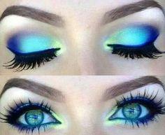 Fun, vibrant, colorful eye makeup in blues