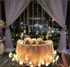 Sweetheart table, backdrop
