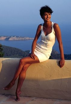 Linda Evangelista in Ibiza, 1990 See more babes on their hols http://asos.to/1rKsPAn