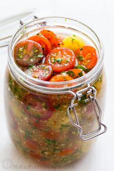 Marinated Cherry Tomatoes Recipe, Cherry Tomato Recipes, Marinated Vegetables, Vegetable Recipes, Vegetarian Recipes, Healthy Recipes, Canned Tomato Recipes, Garden Tomato Recipes, Tomato Pickle Recipe