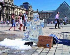 Fondation Abbé Pierre - Le SDF de glace