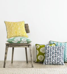 Lotta Jansdotter Signature fabric collection from Ashley Wilde is inspired by Scandinavian nature, it includes 13 chic patterns in a range of colours. Eating Before Bed, Healthy Work Snacks, Drapery Fabric, Curtains, Reception Rooms, Fabric Wallpaper, Cushions, Throw Pillows, Fabrics