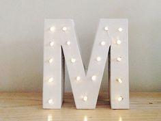Tutoriel DIY: Fabriquer une lettre lumineuse via DaWanda.com