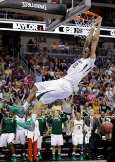 NCAAB:  Baylor 83  Georgia Tech 68  FINAL    Griner threw down a two-handed dunk to cap a sensational performance and the Lady Bears stormed into the NCAA regional finals for the third straight year on Saturday.