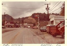 A shot of what used to surround the coal monument in downtown (Photo credit to Jamey Middleton) Harlan Kentucky, My Old Kentucky Home, Harlan County, Appalachian People, Coal Miners, Family Trees, Mountain Living, Vacation Places, Old Pictures