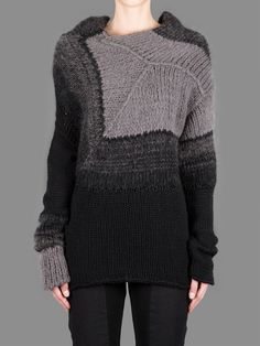 Isabel Benenato 14 - Asymmetric knitted pullover in shades of grey and black - interesting construction
