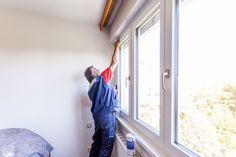 Reinigung der Fensterflügel nach erfolgter #Fenstermontage in Linz Oberösterreich. Dort haben wir in einer bewohnten Wohnung einen Fenstertausch vorgenommen.   Besuchen Sie auch den Schauraum von Fenster-Schmidinger in Gramastetten / OÖ Montage, Home, Decor, Windows And Doors, Linz, Decoration, Ad Home, Homes, Decorating