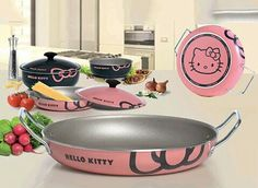 kawaii and cute products or gadgets Adorable and practical products Hello Kitty cooking pan set Sanrio Hello Kitty, Chat Hello Kitty, Hello Kitty Kitchen, Hello Kitty House, Hello Kitty Items, Kitty Kitty, Hello Kitty Decor, Hello Kitty Stuff, Princess Kitty
