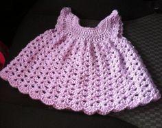 Bebé lavanda chica mano Vestido de ganchillo por CoulleensCreations