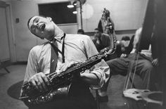 Phil Woods, 1957 gelatin-silver print, x Lee Friedlander Lee Friedlander, Phil Woods, Gelatin Silver Print, Look Here, Music Images, Art Themes, Old Photos, Videos, Jazz