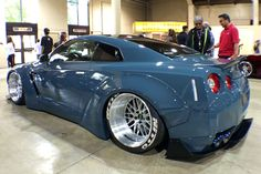 AutoCon kicked off the SoCal car show season this past weekend and the latest LTMW Liberty Walk Nissan GTR had people talking. Nissan Gtr R34, R34 Gtr, Nissan Gtr Skyline, Cadillac Cts Coupe, Carros Vw, Liberty Walk, Car Colors, Tuner Cars, Ford