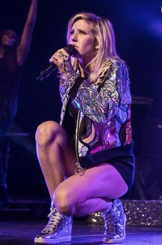 Ellie Goulding, your nikes are spot on