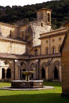 Monastery of Santa Maria la Real de Iranzu in Abárzuza - Navarre, Spain Architecture Romane, Romanesque Architecture, Places Around The World, Around The Worlds, Architecture Religieuse, Spanish Villas, Pamplona, Basque Country, Spain And Portugal