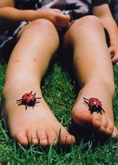 ¿Cómo prevenir o eliminar el mal olor en los pies de los niños? Cuidados para la salud de los más pequeños.