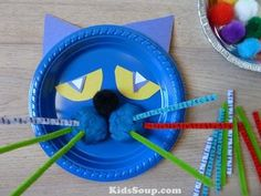Use this colorful Pete the Cat activity to help sharpen your preschool and kindergarten students' fine motor, oral language, and math skills. It also makes a great prop while rereading Pete the Cat during story time. Preschool Art Projects, Classroom Crafts, Preschool Crafts, Preschool Activities, Book Activities, Classroom Fun, Therapy Activities, Art For Kids, Crafts For Kids