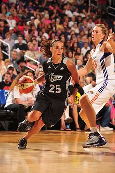 Becky Hammon, Silver Stars, and Penny Taylor, Mercury